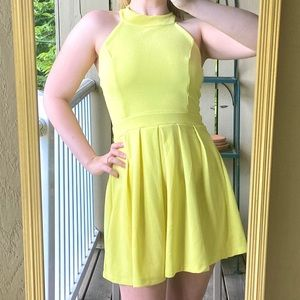 3/$30!💰 Just Me Yellow Pleated Mini Skater Dress
